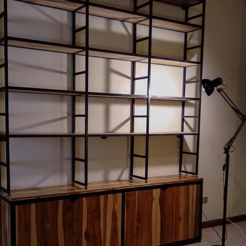 Librera grande de pared completa